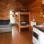 Ensuite Log Cabin with kitchenette - Rotorua Thermal Holiday Park