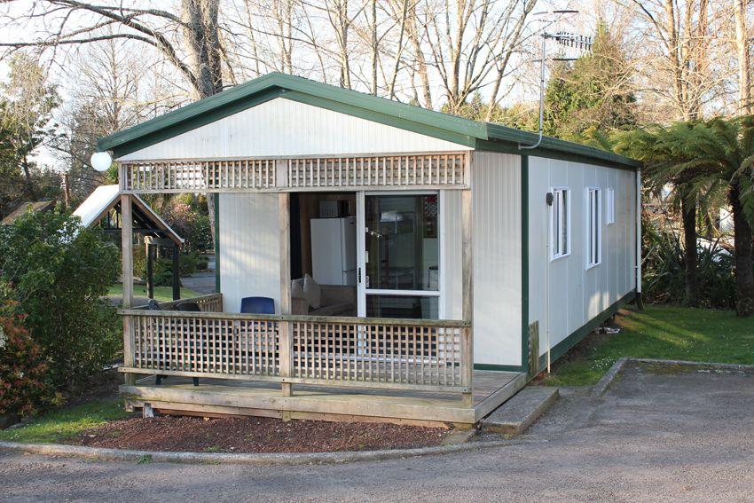 Rotorua Accommodation Gallery - 8-10 person self-contained